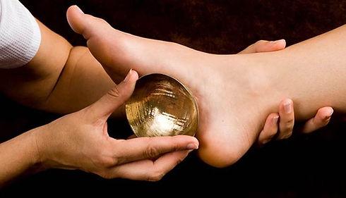 Massage-pied-bol-def-1-820x470.jpg