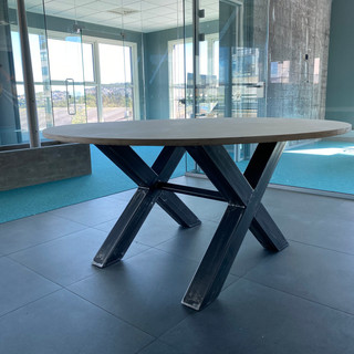 understell.rundt.bord-kopi.jpg