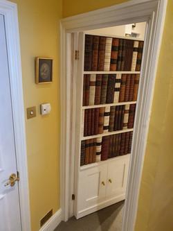 Bookcase created on standard door