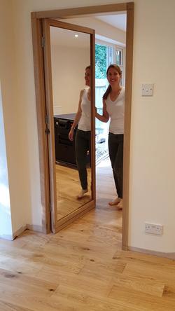 Mirror door open