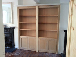 Simple Bookcase in mdf