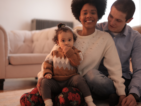 Het familiecontact bevorderen bij covid-19