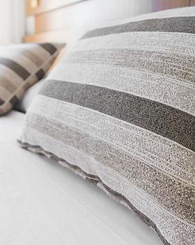 Kissen auf Matratze