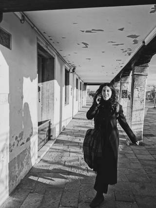 Fille_Venise_Arcades-2.jpg