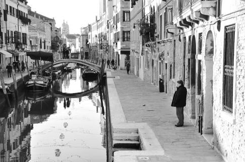 Venice_Quai_homme.jpg