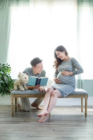 """I can say """"Studio berry is simply THE BEST!! for maternity,pregnancy photography experience."""""""