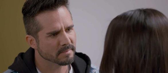 """""""Z miłości do dziecka"""" – Odcinki 45-48: Pedro zrywa z Eleną!"""