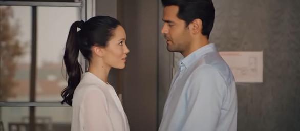 """""""Więzień miłości"""" – Odcinek 439: Omer jednak nie wyjeżdża z Defne!"""