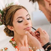 Get Glammed by Best Wedding Makeup Artist