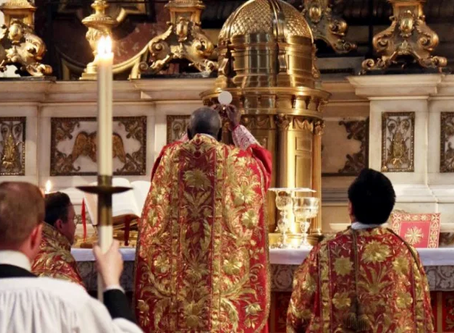 """No somos """"tradis"""" y fuera de la Iglesia no hay auténtica tradición"""
