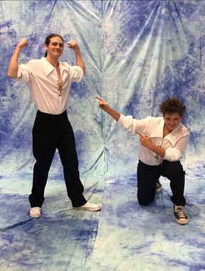 Break dancing boys