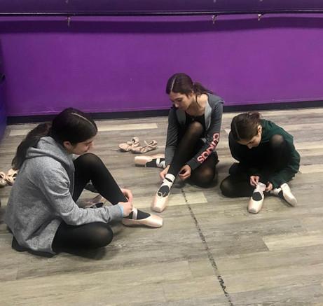 Ballet 7's first pointe class