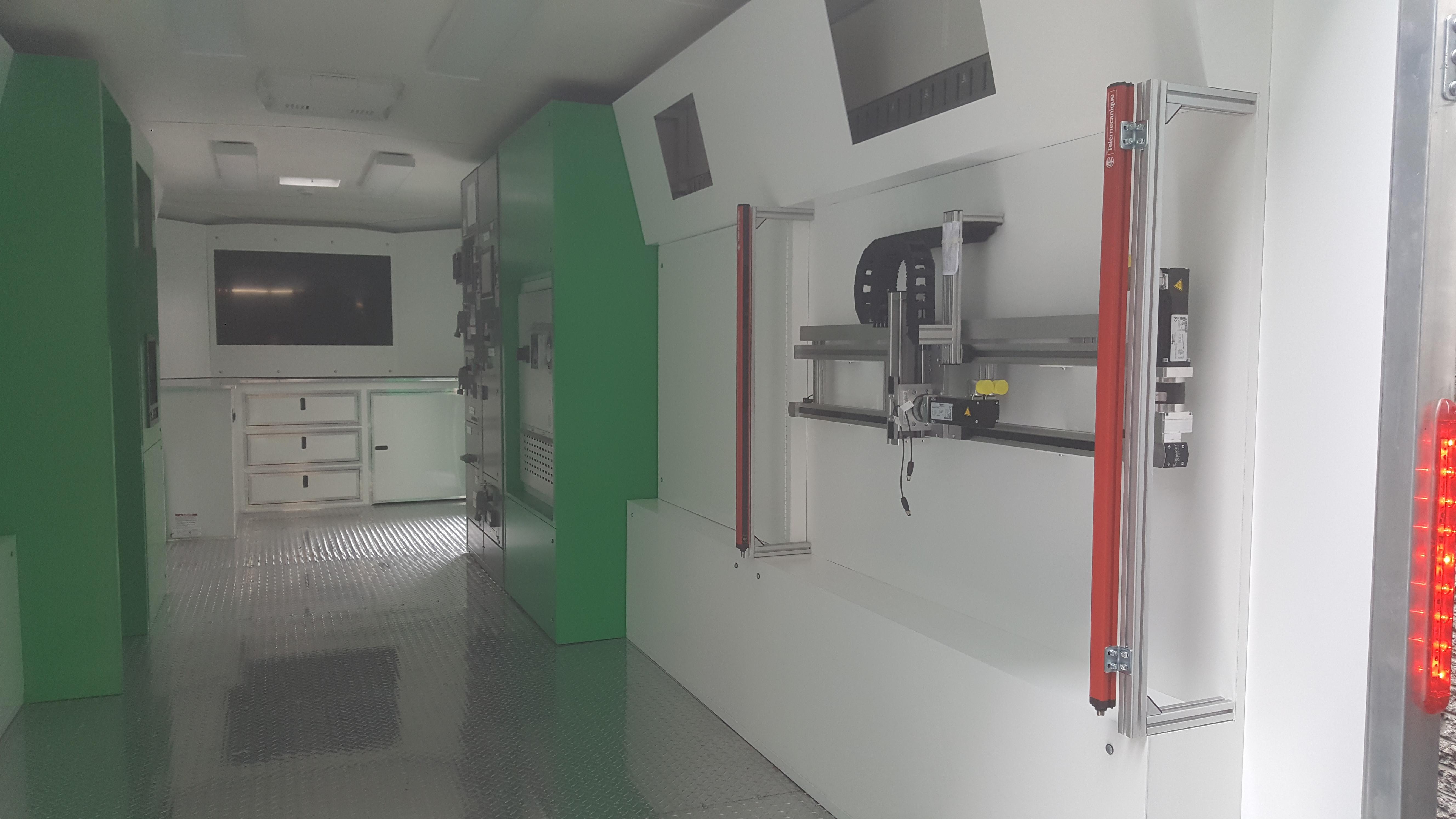 Intérieur remorque - Salle de montre