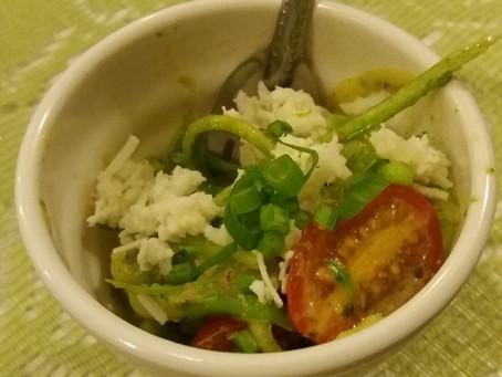 Espaguete de Abobrinha ao Pesto