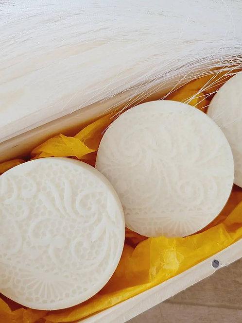 Vanilla Lace Yogurt soap