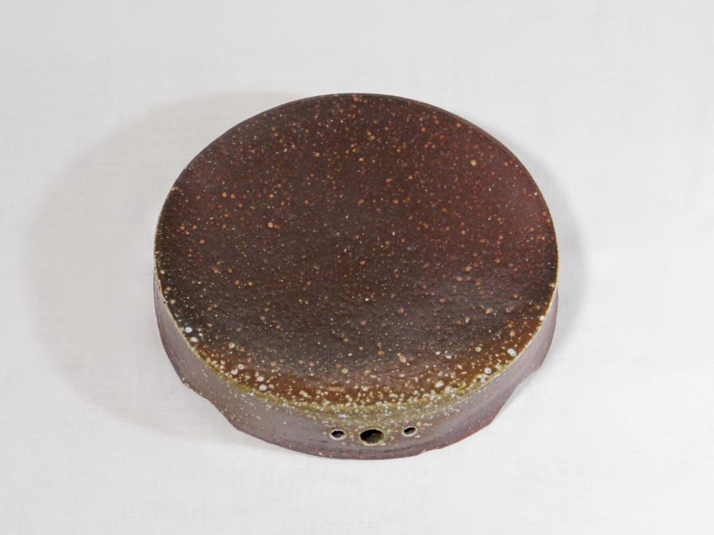 薪窯焼き締め 丸台皿
