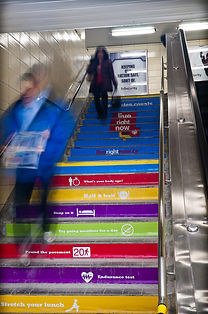 11195-1051416-live_right_now_stairs.jpg