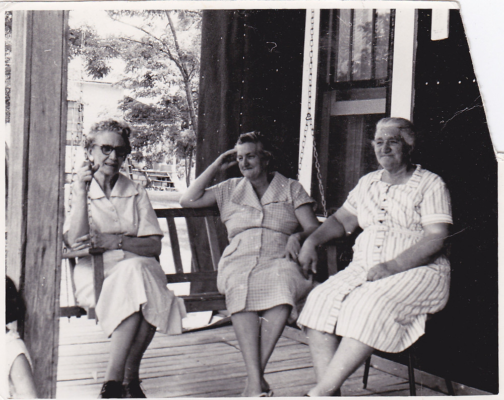 front porch ladies 1940s.jpg