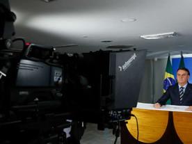 Ministério da Saúde adverte: Bolsonaro faz mal à saúde pública e aos brasileiros