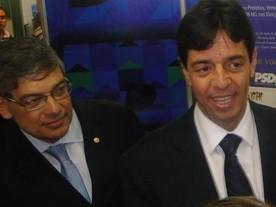 Dinis tenta convencer PSDB