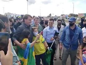Ao burlar ordem judicial, Bolsonaro descumpre lei de Minas e de Araguari