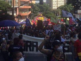 Com cara de Brasil, cresce manifestação 'fora Bolsonaro, fora genocida'