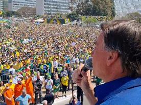 Sem retorno, Bolsonaro dará golpe ou, sem apoio, será forçado a renunciar