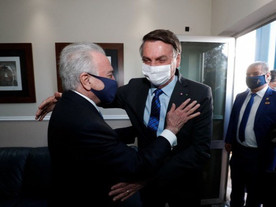 Ao recorrer a Temer, Bolsonaro recua do golpe e frustra golpistas