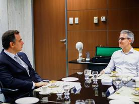 Zema pode trocar partido Novo por fusão de DEM com o PSL