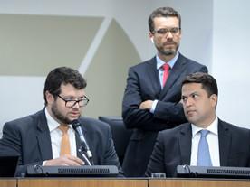 Governo Zema prevê fim do parcelamento de salários por apenas 6 meses