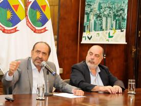 Três pré-candidatos deixam cargos por eleição; secretário será vice de Kalil
