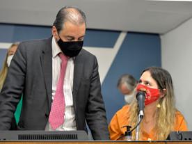 Com oposição, Assembleia reduz danos da reforma de Zema na previdência feita por 'grupo do Rio&#