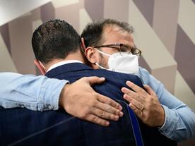 Bolsonaro tem três saídas: impeachment, dar golpe ou sangrar até 2022