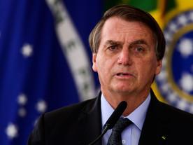 """Sucessão de manifestos cobra ações e acusa Bolsonaro de """"genocida"""""""