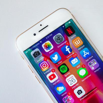 how to have a social media detox.