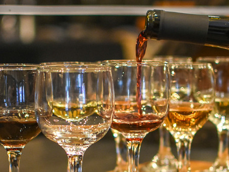 7 Reasons to Book a Wine Tasting This Spring