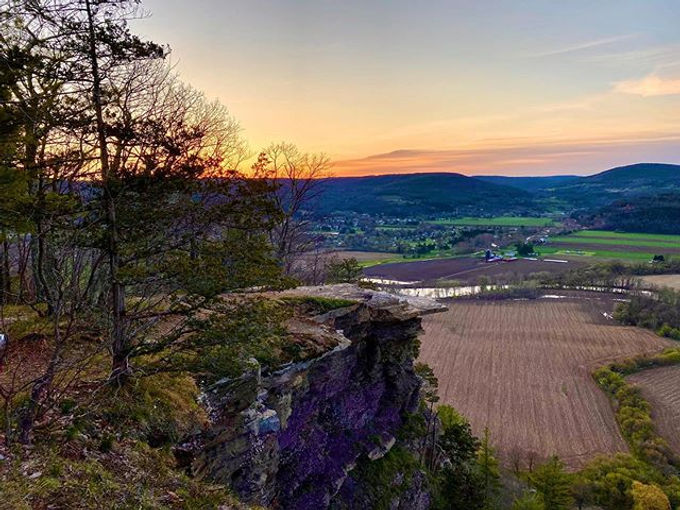 Sunrise in May at Vroman's Nose in Middleburgh NY