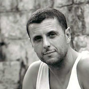 Laurent Dallias, comédien notamment dans Payasadas avec Catherine Alias (compagnie Attore Actor Acteur)