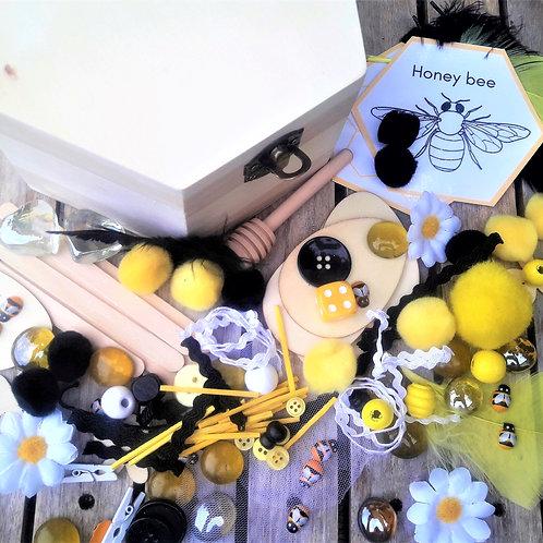 Build a bee loose parts treasure box