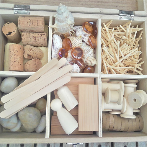Natural loose parts box set