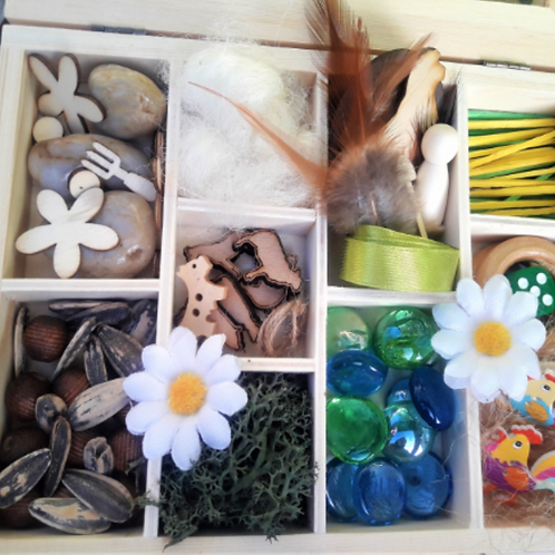 Farm themed  loose parts,  Reggio Emilia inspired tinker tray. Small world play
