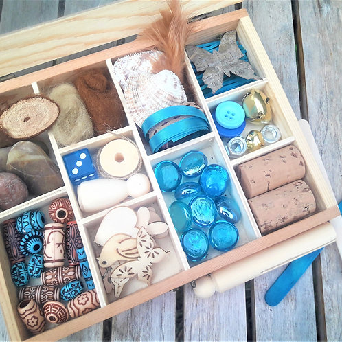 Natural loose parts, Reggio Emilia inspired wooden  tinker tray