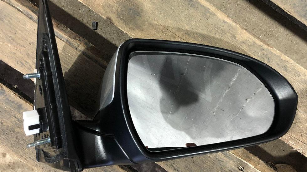 Зеркало правое 8 pin Hyundai Elantra 6 (AD) 18-  Б/У Оригинал