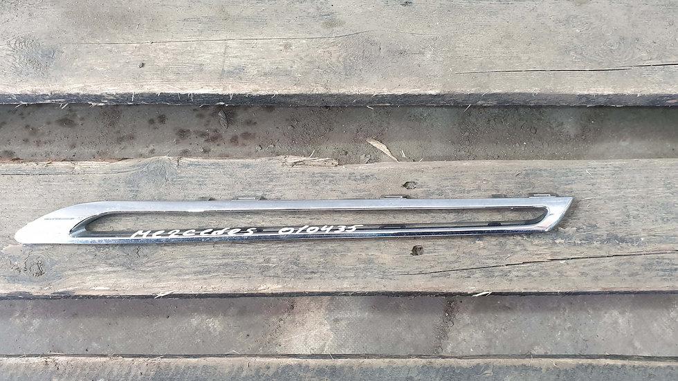 Mercedes GLE (C292) молдинг решетки радиатора Б/У Оригинал