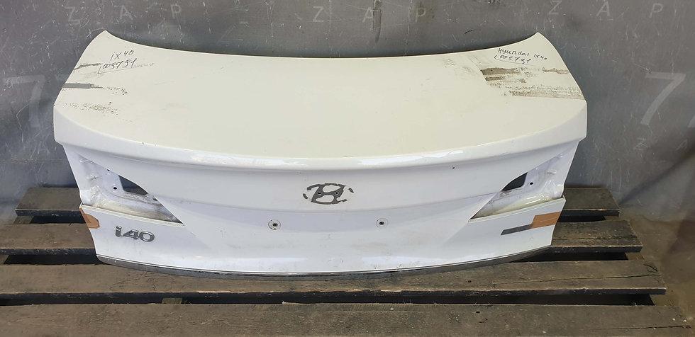 Hyundai i40 (VF) Крышка багажника с накладкой Б/у Оригинал