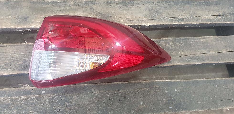 Hyundai Tucson 3 (TL) 15- Фонарь задний правый LED Б/у Оригинал