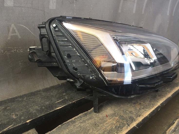 Audi A5 (F5) 16- Фара правая LED Б/у Оригинал