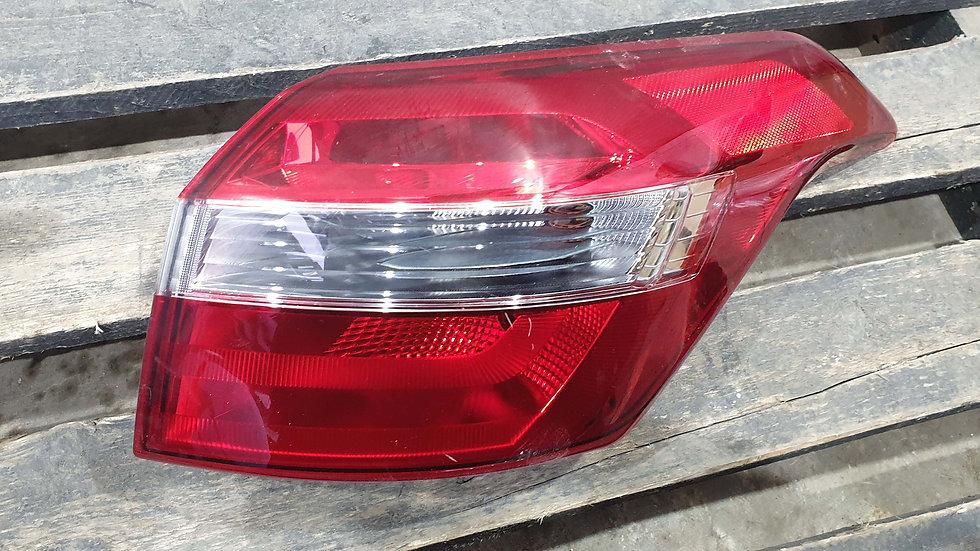 Hyundai Creta (GS) 16- Фонарь задний правый внешний Б/у Оригинал