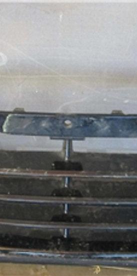 Hyundai ix35 Решетка переднего бампера целая Б/У