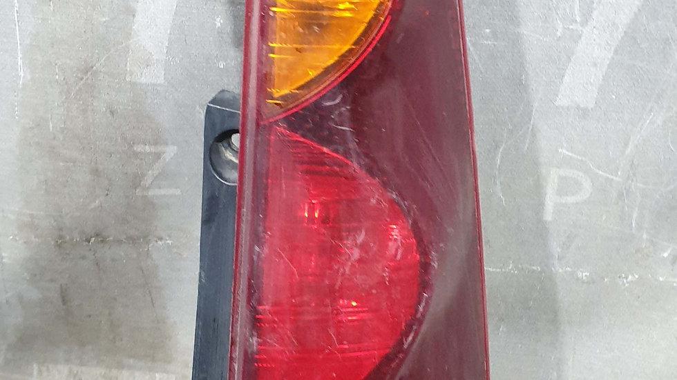 Nissan  Note E11 Фонарь правый  Б/у Оригинал